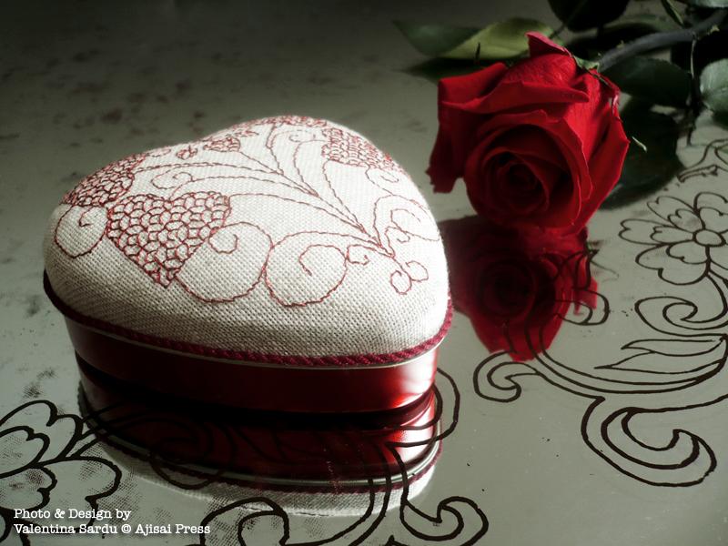 heart-shaped blackwork box - 2