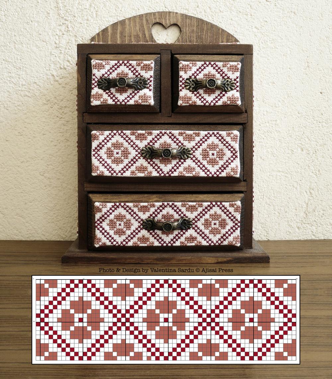 Jewelry box / cabinet - free chart 1