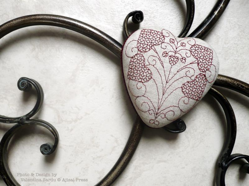 heart-shaped blackwork box - 5