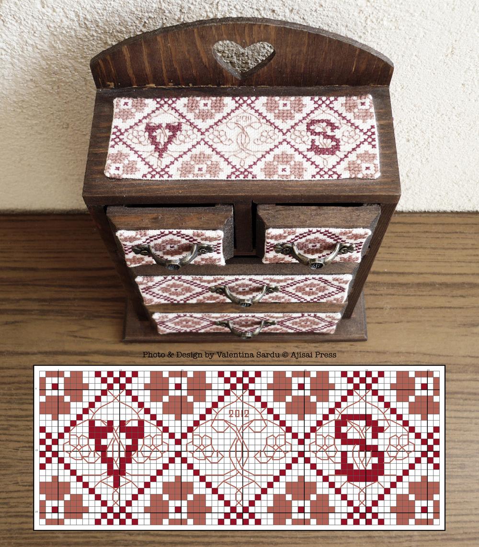 Jewelry box / cabinet - free chart 4